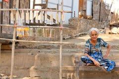 Nourriture de rue dans Mingun, Myanmar Photo stock