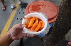 Nourriture de rue en Corée du Sud : Tokpokki photographie stock