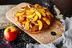 Nourriture, dessert, pâtisseries, tarte Belle tarte aux pommes savoureuse image stock