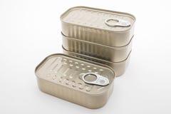 Nourriture en boîte sur le fond blanc Photo stock