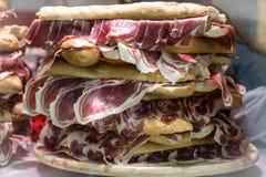Nourriture en Espagne, Andalousie Sandwich avec du jambon Jamon image stock