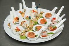 Nourriture et cocktails de approvisionnement de partie Image libre de droits