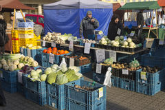 Nourriture fraîche aux marchés de fermiers d'automne de Prague Photographie stock libre de droits