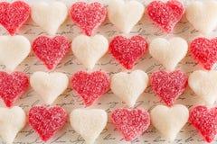 Nourriture gommeuse de dessert de sucrerie de coeur d'amour de jour de valentines Photos libres de droits