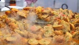 Nourriture indienne de rue : Plat de poulet Photo libre de droits