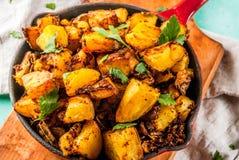 Nourriture indienne, pommes de terre de Bombay photo libre de droits