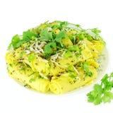 Nourriture indienne traditionnelle de casse-croûte de farine de gramme de Khandvi photographie stock libre de droits
