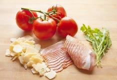 Nourriture italienne traditionnelle ingrédients Photo stock