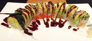 Nourriture japonaise impressionnante : petit pain de sushi de chenille, Changhaï, Chine Image stock