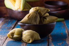 Nourriture latino-américaine Humitas faits maison traditionnels de maïs Photo stock