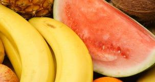 Nourriture organique fraîche naturelle de fruit de santé banque de vidéos