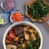 Nourriture, rieu de petit pain et petit pain vietnamiens de canh Images libres de droits