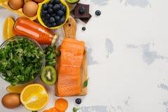 Nourriture saine bonne pour des yeux images stock