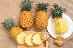 Nourriture saine d'ananas de fruit frais image libre de droits