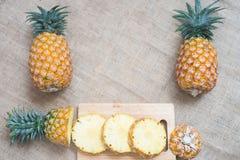 Nourriture saine d'ananas de fruit frais photos stock