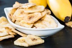 Nourriture saine (frites de banane) Photographie stock libre de droits