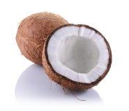Nourriture saine Noix de coco fraîche avec la moitié photo libre de droits