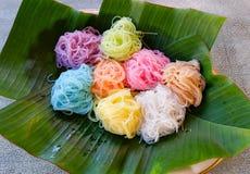 Nourriture thaïlandaise asiatique de nourriture colorée Photos stock