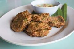Nourriture thaïlandaise, croquette de poisson épicée Photo stock