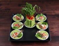 Nourriture thaïlandaise crue de sauce à poissons de crevettes image libre de droits