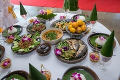 Nourriture thaïlandaise du nord de tradition sur une table en bois, ensemble de menu populaire de nourriture thaïlandaise image stock