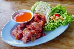 Nourriture thaïlandaise, Fried Fermented Spare Ribs 2 photos libres de droits