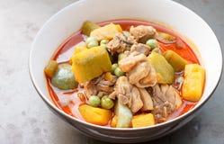 Nourriture thaïlandaise - poulet de cari avec le potiron Photos libres de droits