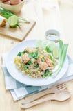 Nourriture thaïlandaise, riz mis le feu avec la crevette et oeufs Images libres de droits