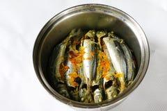 Nourriture traditionnelle ampap du Bornéo - de l'Ikan Basung de masak Images stock
