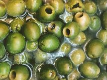 Nourriture verte de marinade d'olives images stock