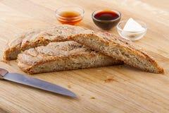 Nourritures turques de pâtisserie sur un en bois Photographie stock libre de droits