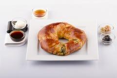 Nourritures turques de pâtisserie sur un en bois Photos stock