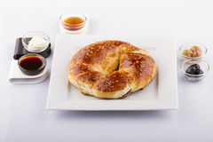 Nourritures turques de pâtisserie sur un en bois Image libre de droits