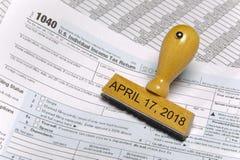 Nous feuille d'impôt individuelle 1040 pendant l'année 2018 Photo libre de droits