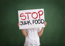 Nous ne voulons pas manger de la nourriture industrielle photos stock