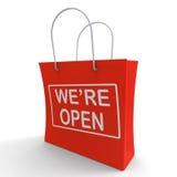 Nous sommes nouveau lancement de magasin d'expositions ouvertes de panier Image stock
