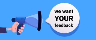 Nous voulons votre rétroaction remettez le mégaphone de prise, la bannière pour des affaires, la promotion et la publicité Examen illustration libre de droits