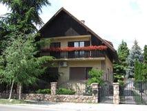 Nouveau bâtiment à Novi Sad Photos stock