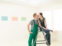 Nouveau baiser à la maison Photo libre de droits
