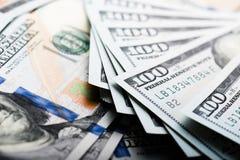Nouveau billet d'un dollar 100 Photo libre de droits