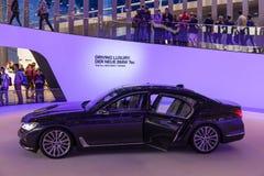 Nouveau BMW salle de 7 séries à l'IAA 2015 Photos libres de droits