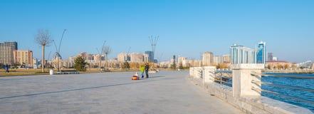 Nouveau boulevard à Bakou Photographie stock libre de droits