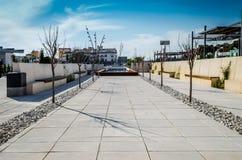 Nouveau boulevard de parc dans San Pedro, Marbella Image stock