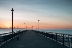 Nouveau Brighton Pier tôt le matin photographie stock libre de droits