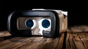 Nouveau dispositif d'eyewear de VR, technologie virtuelle innovatrice