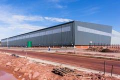 Nouveau grand bâtiment d'entrepôt Photographie stock