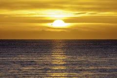 Nouveau jour en mer Photos stock
