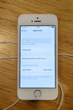 Nouveau lancement de smartphone de Se d'iPhone d'Apple Images libres de droits