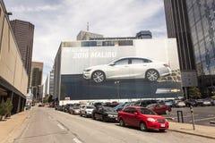 Nouveau message publicitaire de voiture en Dallas Downtown, Etats-Unis Image stock