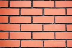Nouveau mur de briques avec la ligne noire images stock